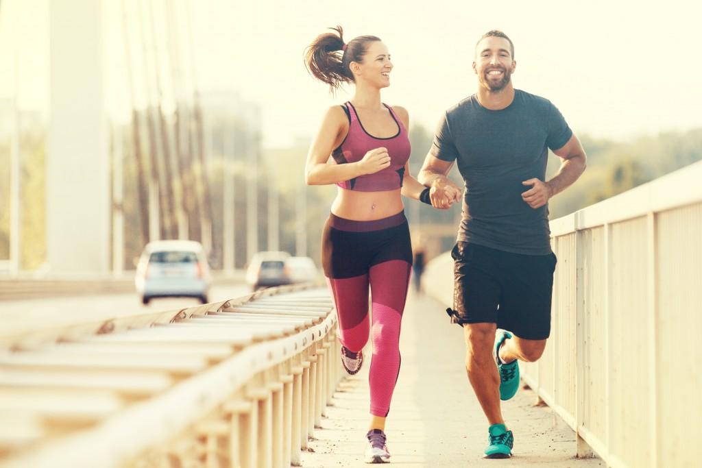 couple jogging