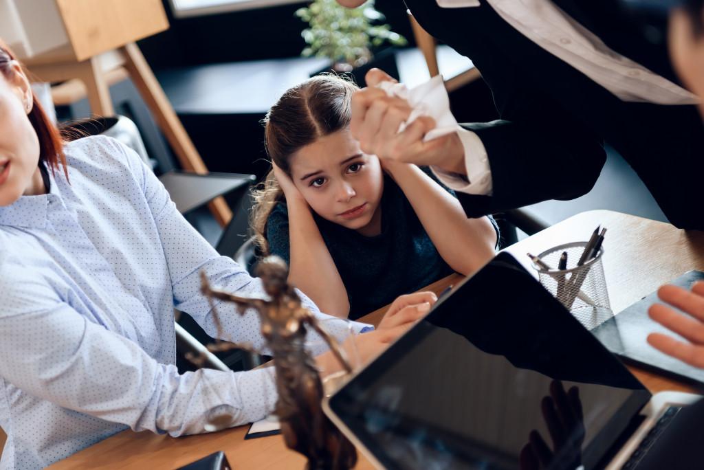 daughter during divorce hearing